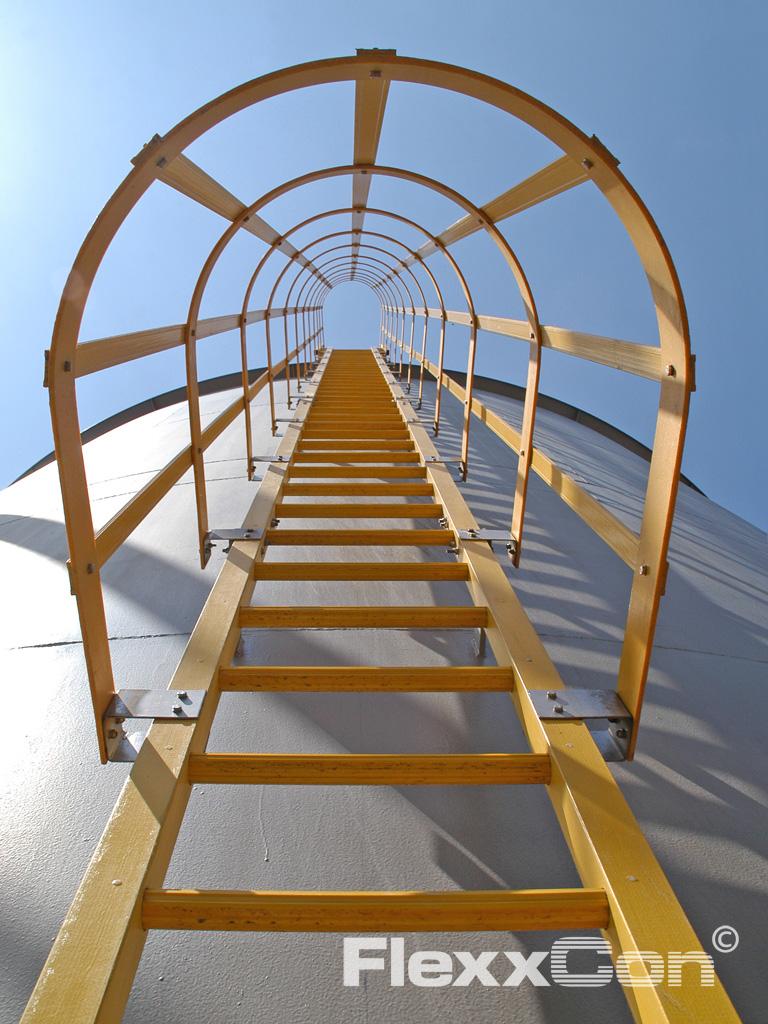 Kunststof kooiladders en ladders